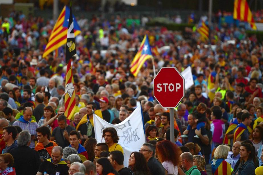 La majorité des habitants de la Catalogne souhaite... (Photo Pierre-Philippe Marcou, Agence France-Presse)