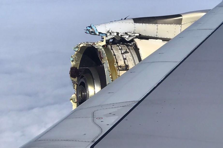 Des passagers ont diffusé des photographies et des... (Photo Agence France-Presse)