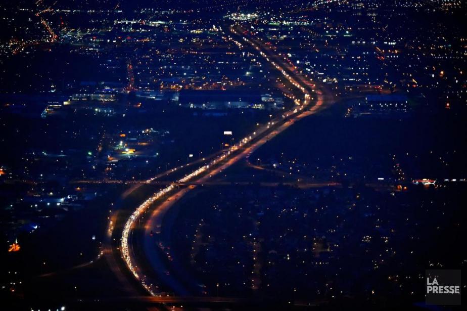 L'autoroute a été fermée à la circulation jusque... (Photo archives La Presse)