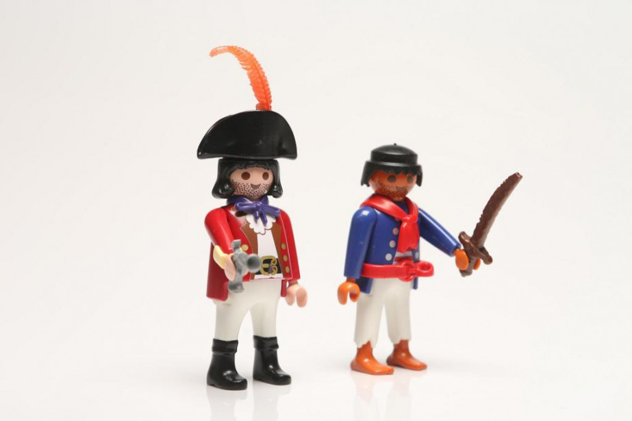 Deux figurines Playmobil... (Photo Martin Chamberland, archives La Presse)