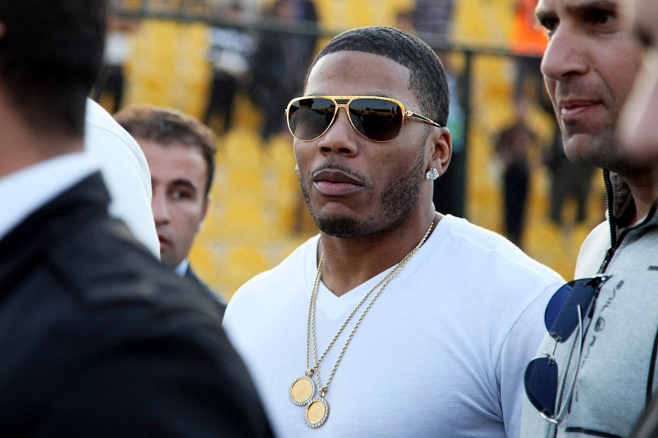 Le rappeur Nelly en mars 2015... (PHOTO SEIVAN M. SALIM, ARCHIVES ASSOCIATED PRESS)