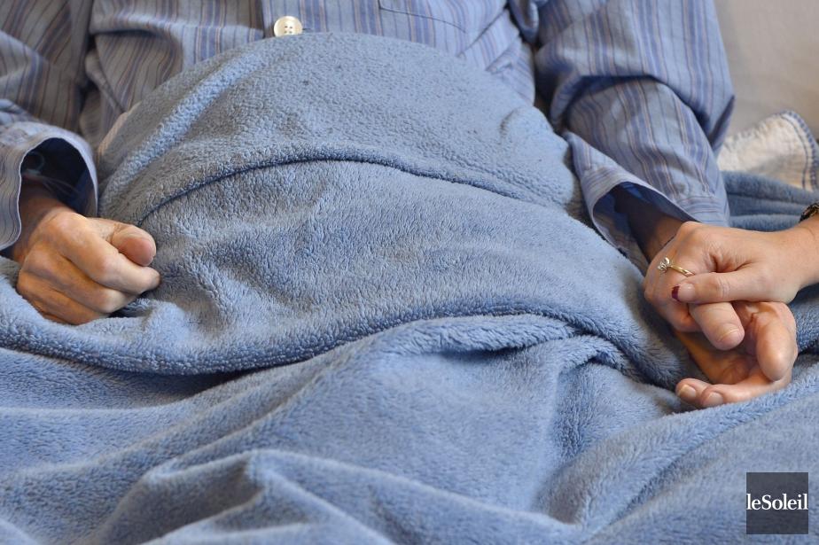«Les inégalités d'accès aux antidouleurs pour les soins... (PHOTO PASCAL RATTHÉ, ARCHIVES Le Soleil)