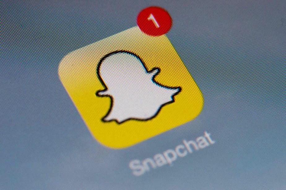 Selon des études récentes Snapchat est le réseau... (PHOTO LIONEL BONAVENTURE, ARCHIVES AFP)