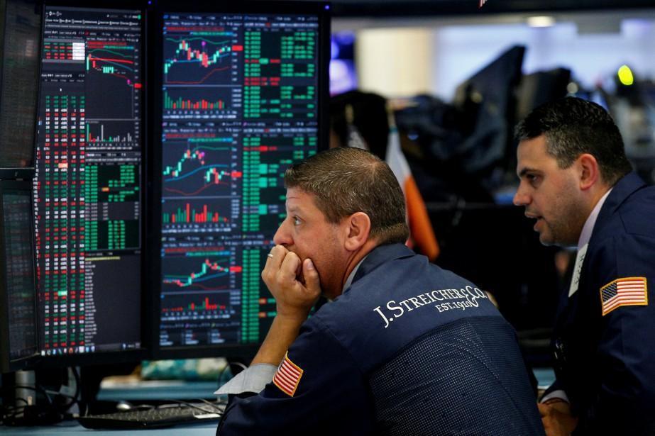 «Apple entraîne toujours vers le bas le S&P... (REUTERS)