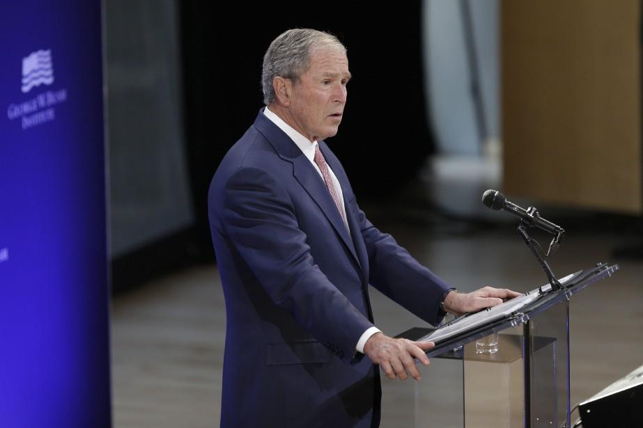 L'ancien président américain George W. Bush... (PHOTO Seth Wenig, ARCHIVES AP)