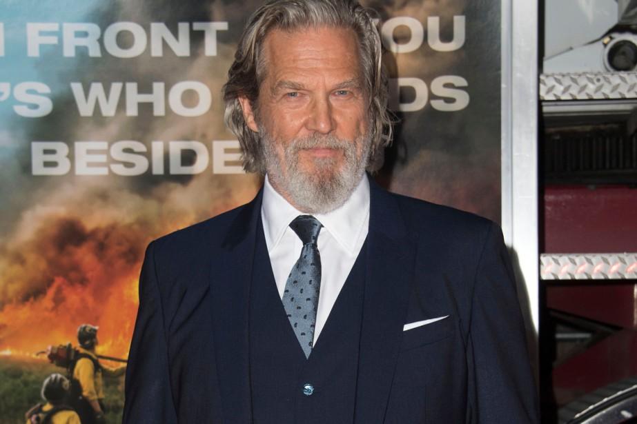 Pour Jeff Bridges, il est tristement ironique de parler de son... (PHOTO AFP)