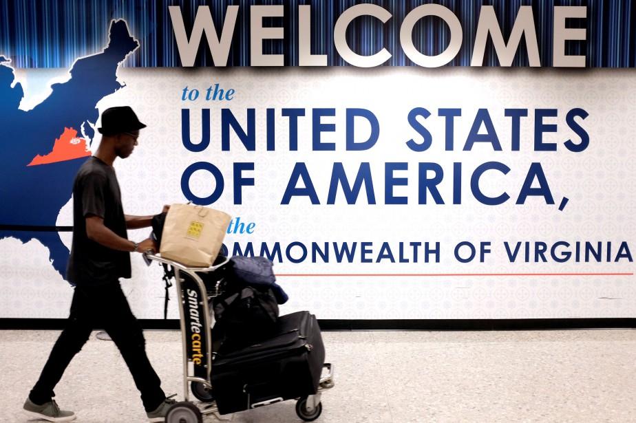 Les compagnies ont indiqué que les passagers devaient... (PHOTO James Lawler Duggan, ARCHIVES REUTERS)
