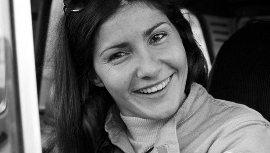 La pilote de rallye française Michèle Mouton se moque de la théorie selon laquelle les femmes seraient désavantagées par des considérations physiques en pilotage :«Conduire, c'est toujours pareil: il faut être le plus en trajectoire. Il n'y a pas 36 000 façons de le faire et c'est la même pour une femme ou un homme.» | 31 octobre 2017
