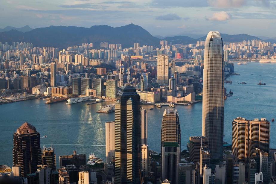 Un gratte-ciel de Hong Kong (le plus haut,... (PHOTO AFP)