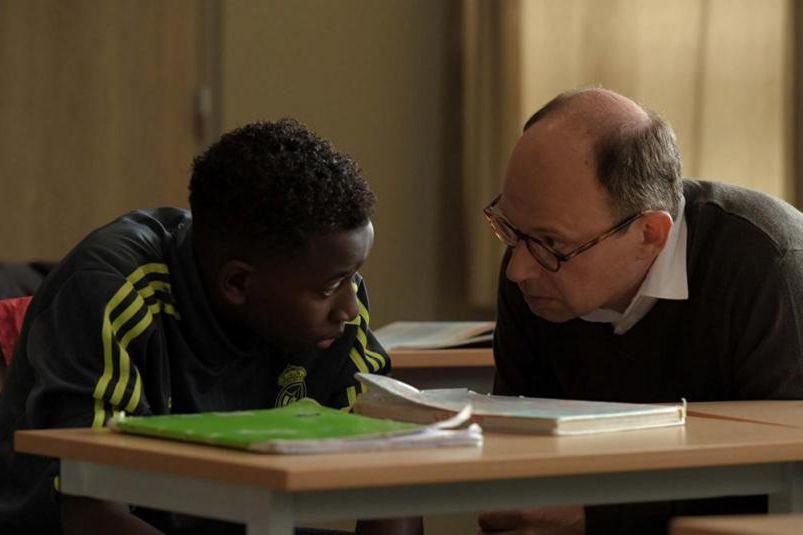 Abdoulaye Diallo et Denis Podalydès dans Les grands... (Photo fournie par BAC Films)