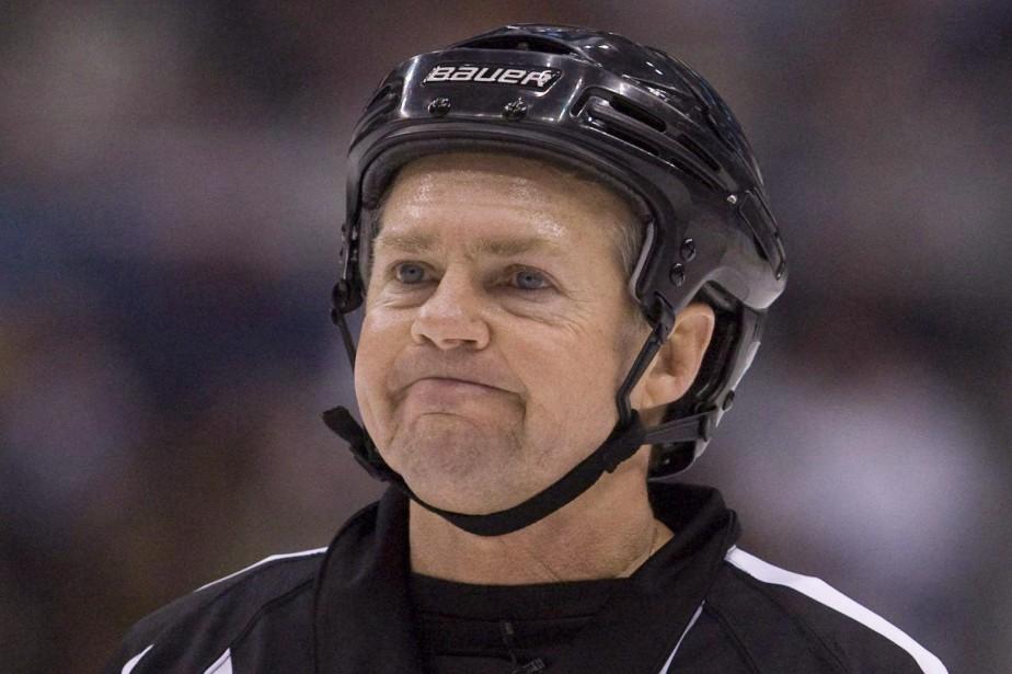 Kerry Fraser a pris sa retraite en 2010... (PHOTO ARCHIVES LA PRESSE CANADIENNE)