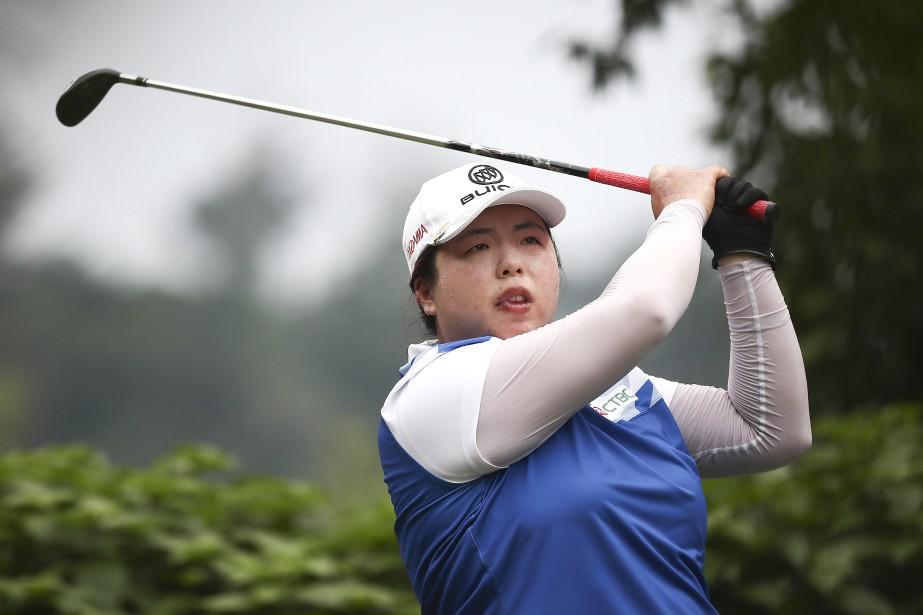 Shanshan Feng est la première golfeuse de la... (Photo Sadiq Asyraf, Associated Press)