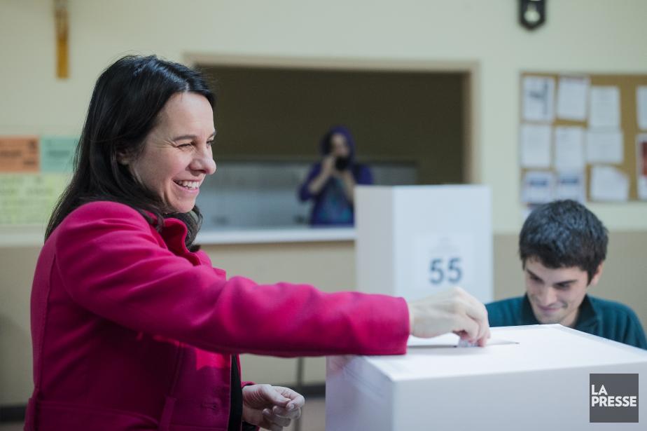 Valérie Plante a voté dimanche matin.... (PHOTO EDOUARD PLANTE-FRECHETTE, La Presse)