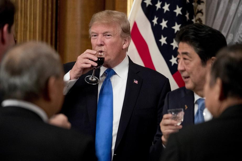 Donald Trump et Shinzo Abe... (AP)