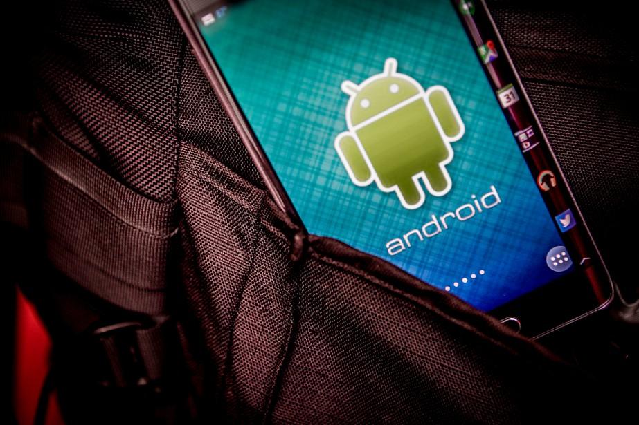 A Samsung Electronics Co. Galaxy Note Edge smartphone... (La Presse Bloomberg)