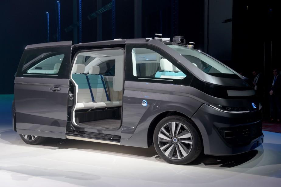 Le nouveau taxi autonome du constructeur français Navya, lors de sa présentation à Paris le 7 novembre 2017. | 7 novembre 2017