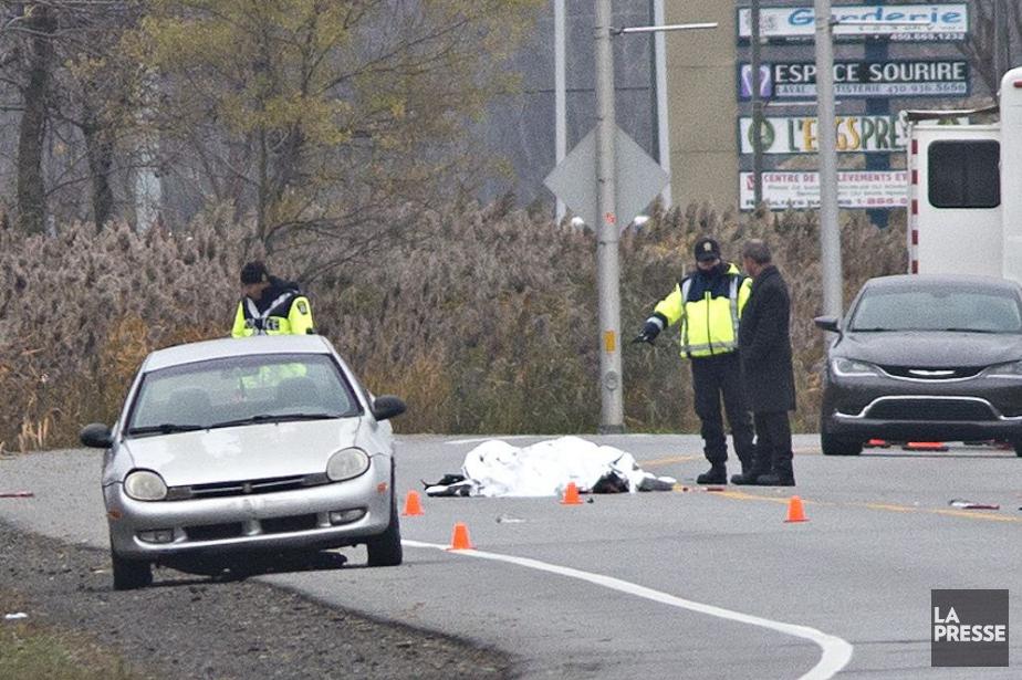 La police précise que l'homme trouvé au sol... (Photo Patrick Sanfaçon, La Presse)