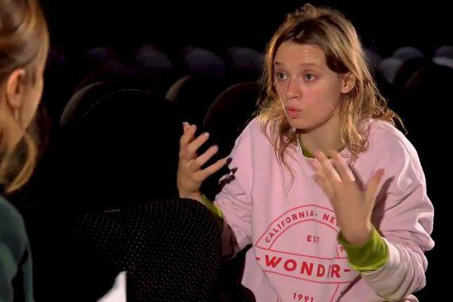 Sara Forestier a refusé de se faire coiffer... (capture d'écran)