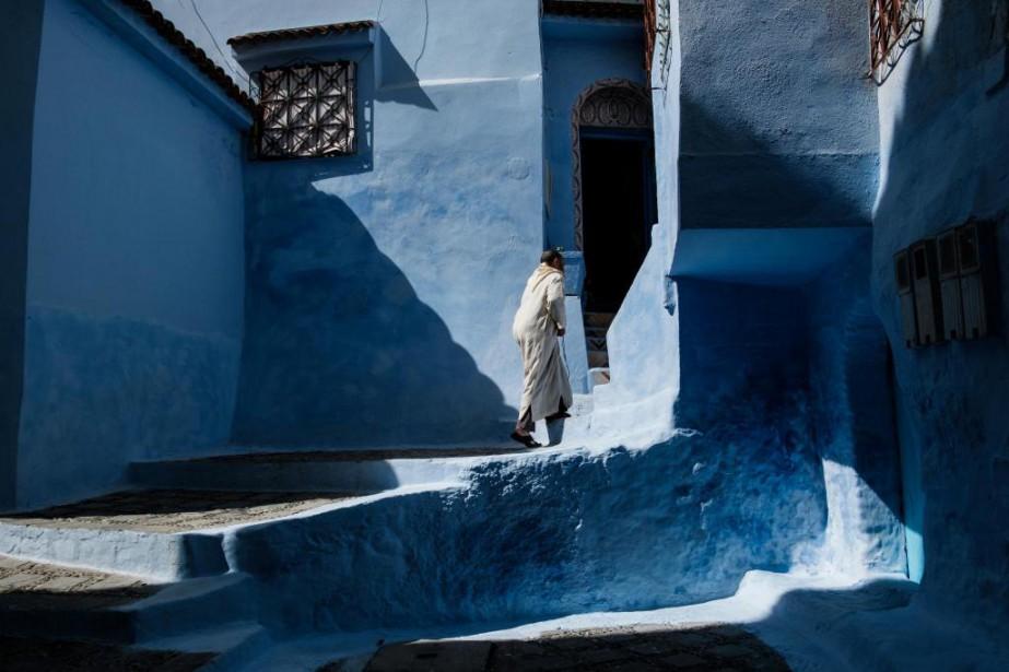 Les ruelles bleues de la médina offrent à... (Photo Edouard Plante-Fréchette, La Presse)
