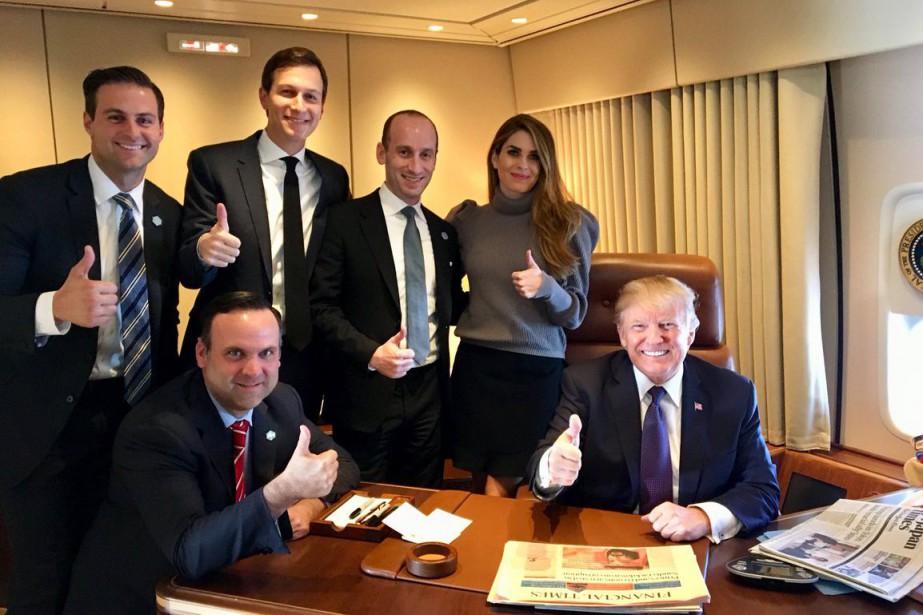 Sur la photo accompagnant le message, Donald Trump... (Photo tirée de Twitter)