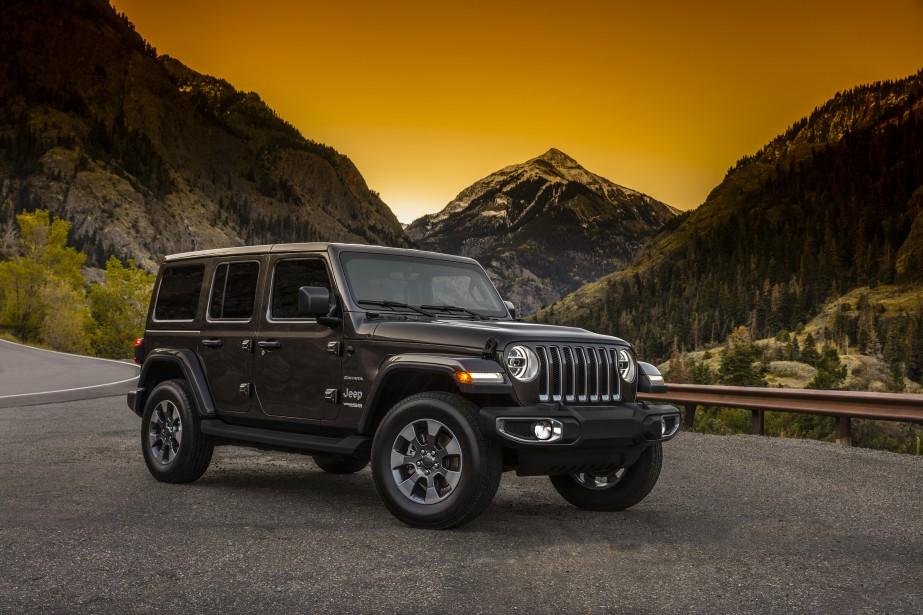 Le Jeep® Wrangler Sahara 2018. (© 2017 FCA US LLC)