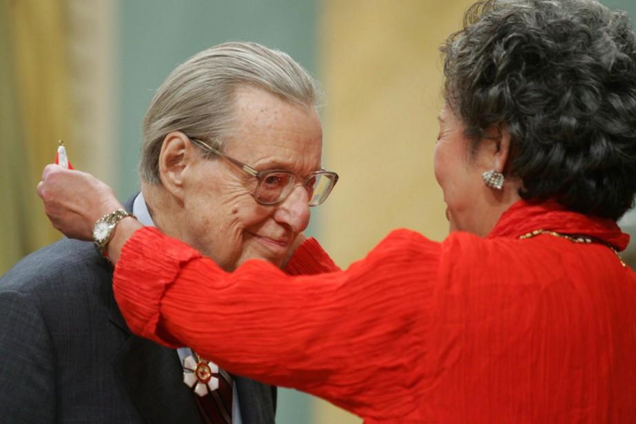 William Weintraub avait été récompensé de l'Ordre du... (Photo archives La Presse canadienne)