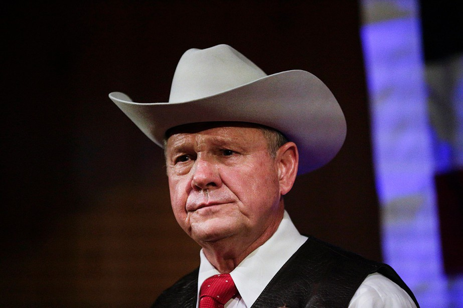 Roy Moore, un ancien juge et candidat républicain... (PHOTO BRYNN ANDERSON, ARCHIVES ASSOCIATED PRESS)