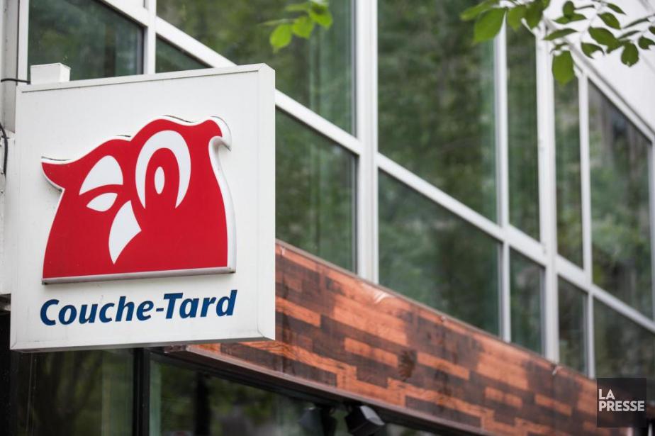 Les revenus trimestriels de Couche-Tard sont passés de... (Photo Olivier PontBriand, Archives La Presse)