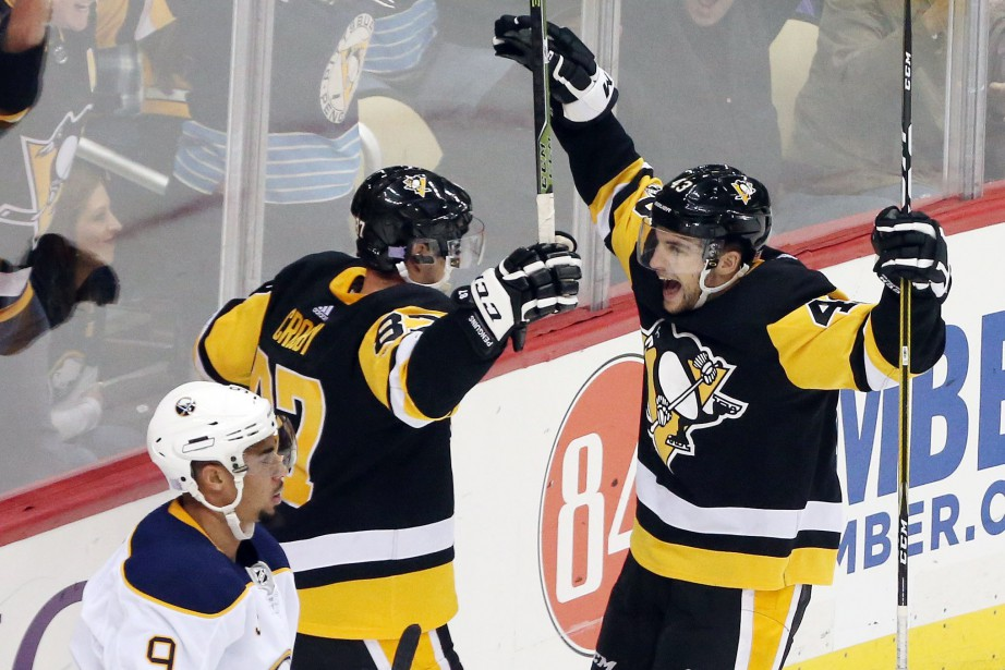 Conor Sheary (43) a marqué deux buts dans... (Photo Charles LeClaire, USA TODAY Sports)
