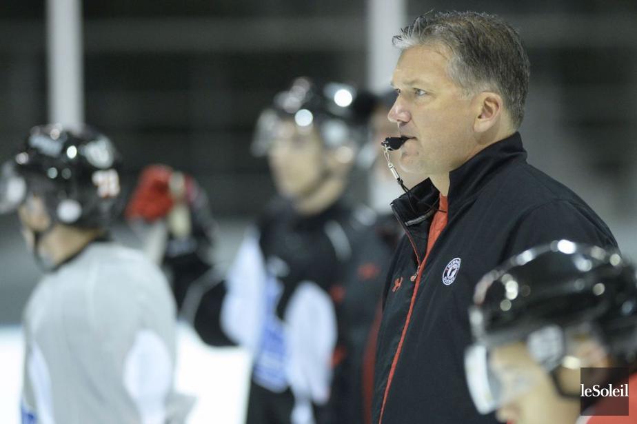 L'entraîneur-chef des Remparts de Québec, Philippe Boucher.... (Photo Yan Doublet, archives Le Soleil)