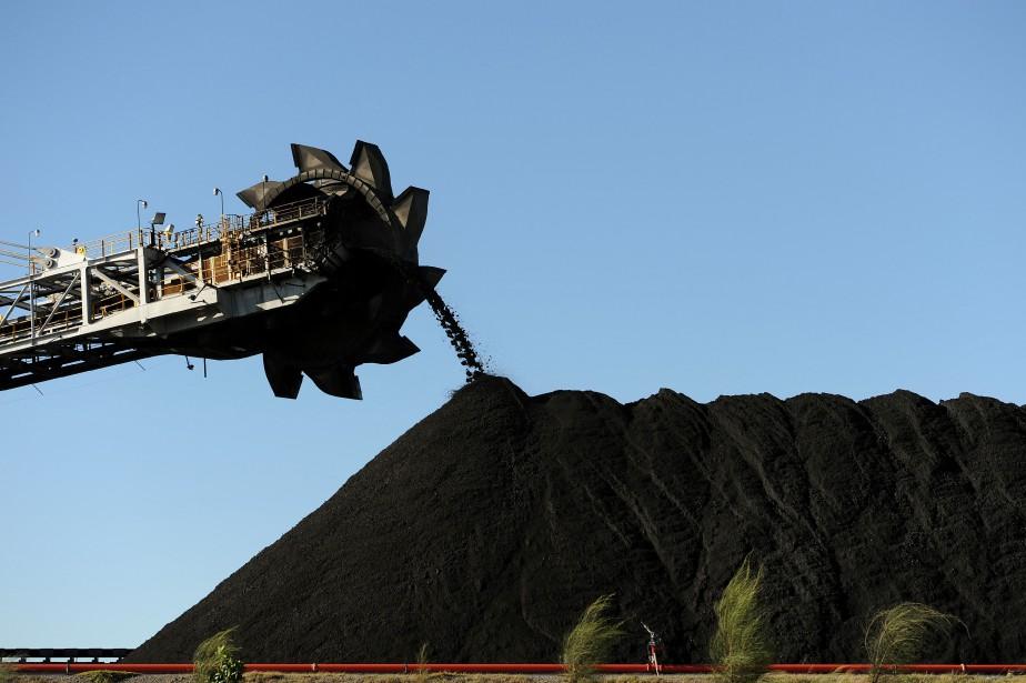Le charbon, première source d'électricité dans le monde,... (ARCHIVES AFP)