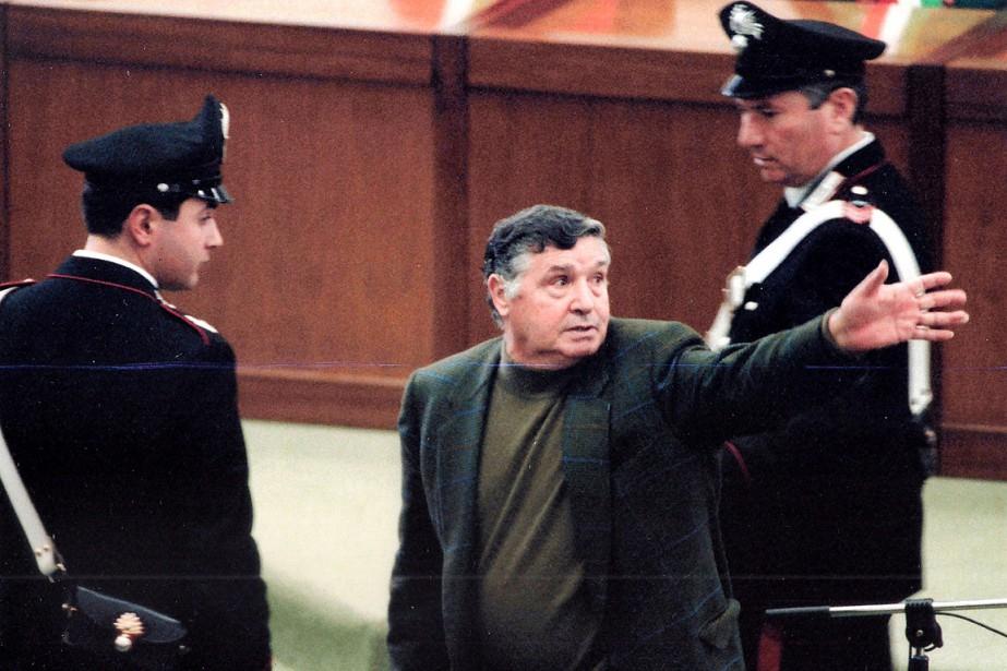 Toto Riina, qui aurait commandité plus de 150meurtres,purgeait... (PHOTO ALESSANDRO FUCARINI, ARCHIVES AGENCE FRANCE-PRESSE)