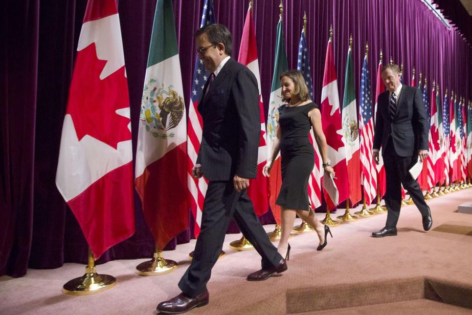 Le ministre mexicain de l'Économie Ildefonso Guajardo, la... (Photo archives Bloomberg)