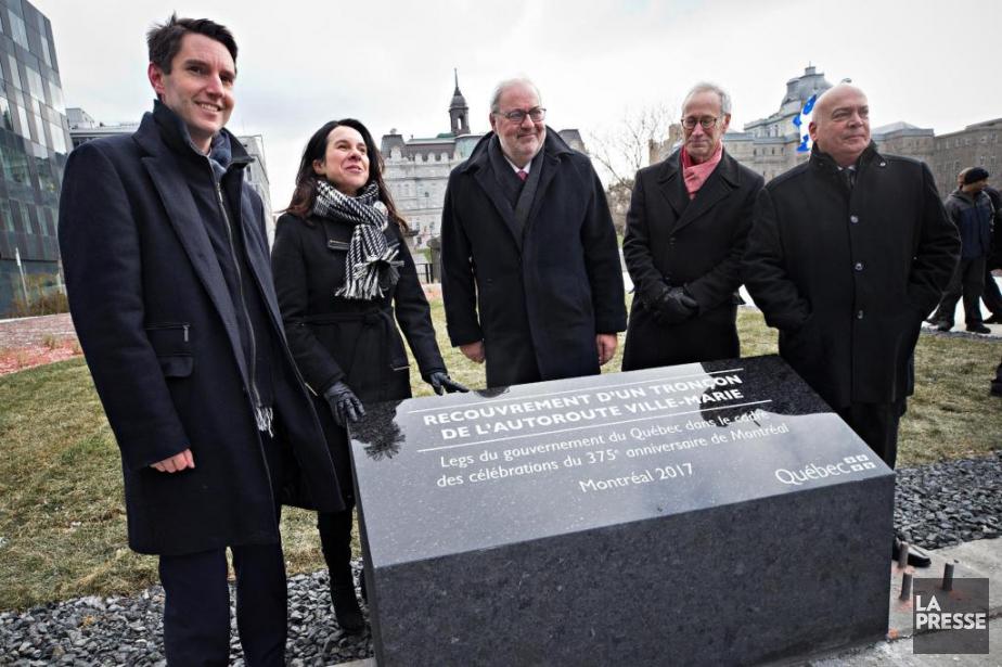 Le ministre des Transports, André Fortin, et la... (Photo Patrick Sanfaçon, La Presse)