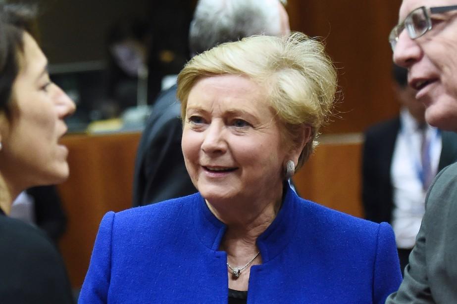 Frances Fitzgerald est accusée par l'opposition d'avoir menti... (Photo EMMANUEL DUNAND, AFP)