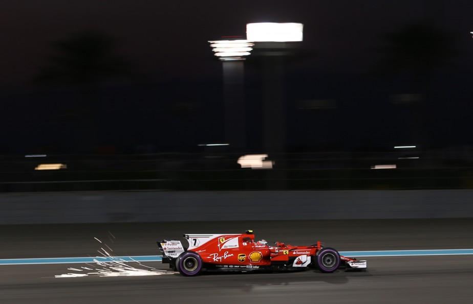 Kimi Raikkonen a fait des flamèches et a inscrit le 4e chrono de la journée. | 24 novembre 2017