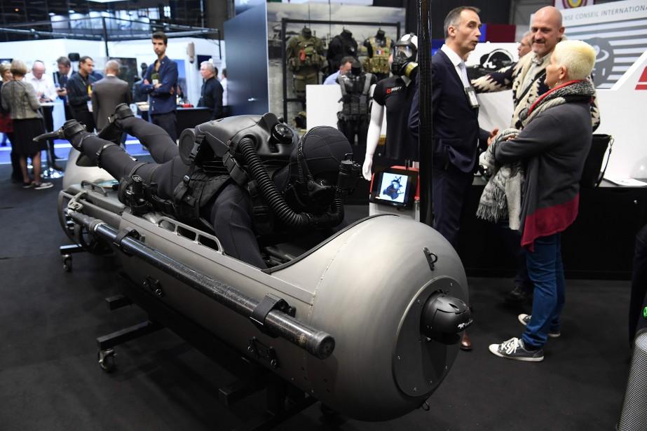 Un mini sous-marin au standu du constructeur américain STIDD. (AFP)