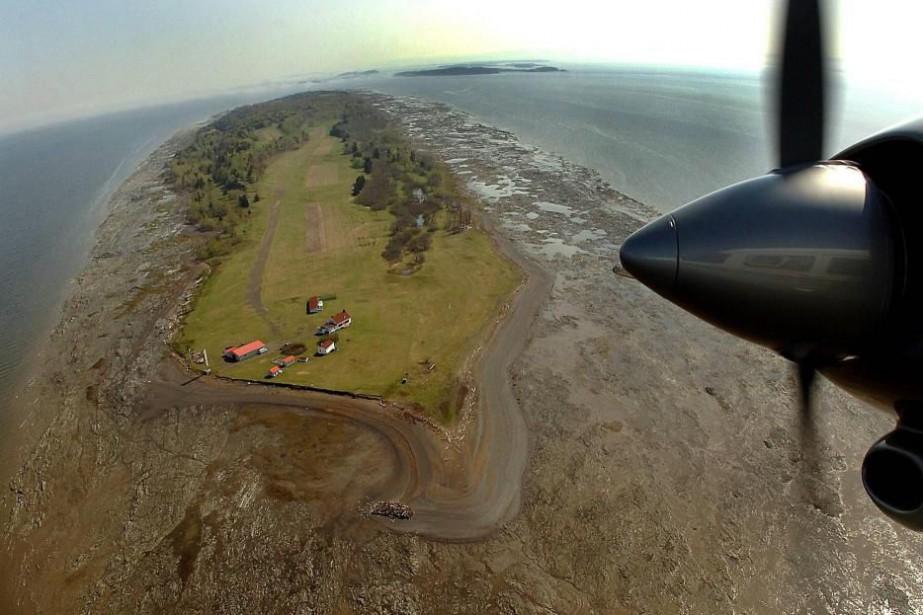 L'île au Ruau, située à un jet de... (PHOTO JEAN-MARIE VILLENEUVE, ARCHIVES LE SOLEIL)