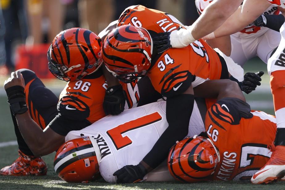 Le quart des Browns DeShone Kizer (7) a... (Photo Gary Landers, AP)