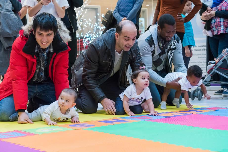 Une course de bébés a eu lieu dans... (Photo fournie par le Dispensaire)
