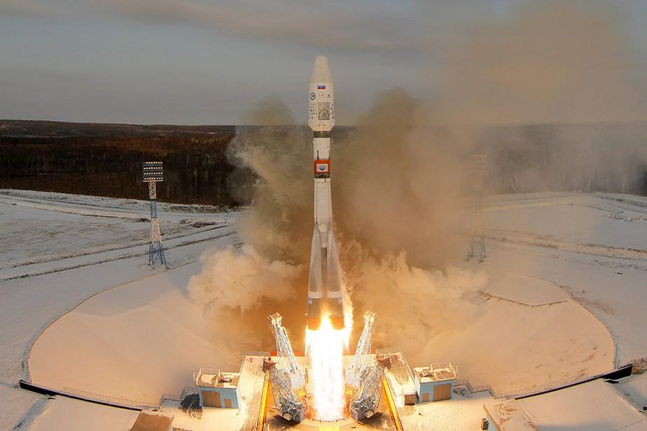 La fusée Soyouz 2.1B transportait lesatellite météorologique Meteor... (Stringer, REUTERS)