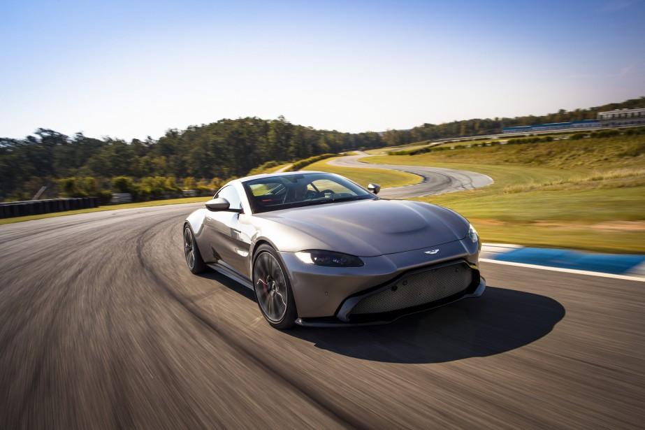 La structure contient beaucoup d'aluminium. Elle représente une évolution de celle de la DB11, mais Aston Martin dit que la plateforme est originale à 70 %. | 28 novembre 2017