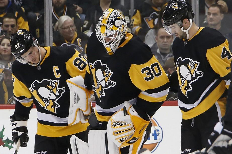 Le gardien des Penguins Matt Murray a quitté... (Photo Gene J. Puskar, AP)