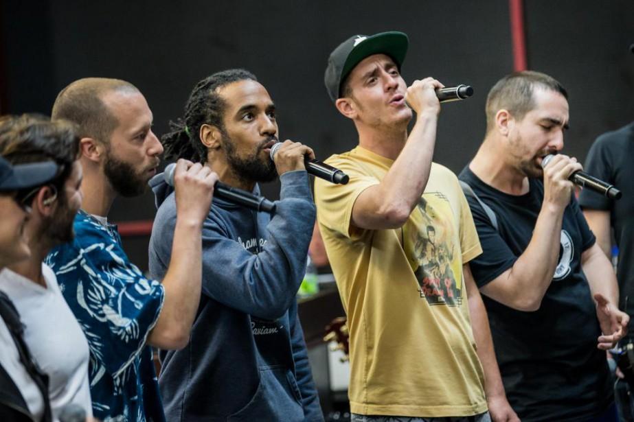 Les membres du groupe Alaclair Ensemble... (PHOTO EDOUARD PLANTE-FRÉCHETTE, ARCHIVES LA PRESSE)
