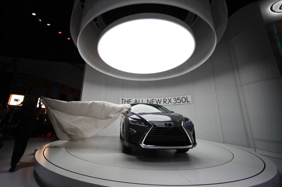 Le Lexus RX 350L 2018 au moment de son dévoilement. i (AP)