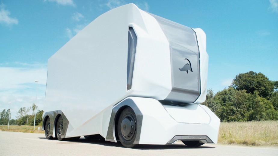 Le T-Pod est un concept de semi-remorque électrique entièrement autonome conçu par la jeune société suédoise Einride, qui souhaite ainsi percer le marché des poids moyens. - Crédit : Einride ()