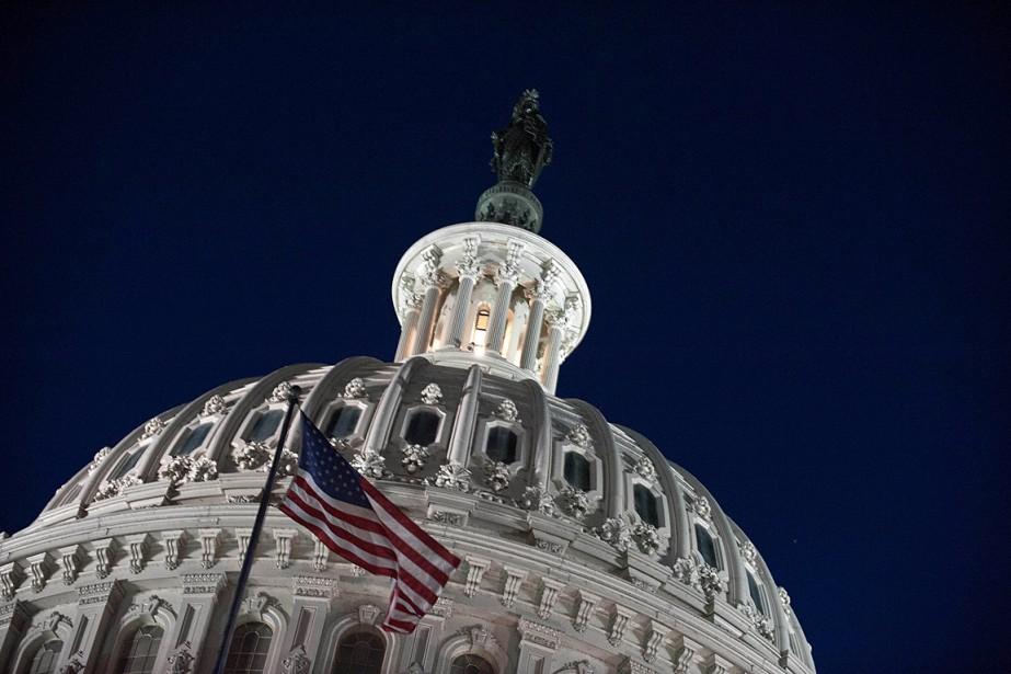 Tous les sénateurs républicains, sauf un, ont voté... (PHOTO NICHOLAS KAMM, ARCHIVES AGENCE FRANCE-PRESSE)