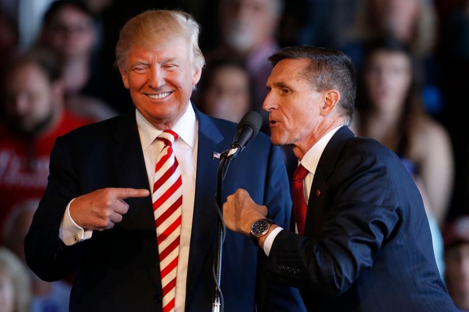 Donald Trump et Michael Flynn lors d'un rallye... (Photo ARCHIVES AFP)