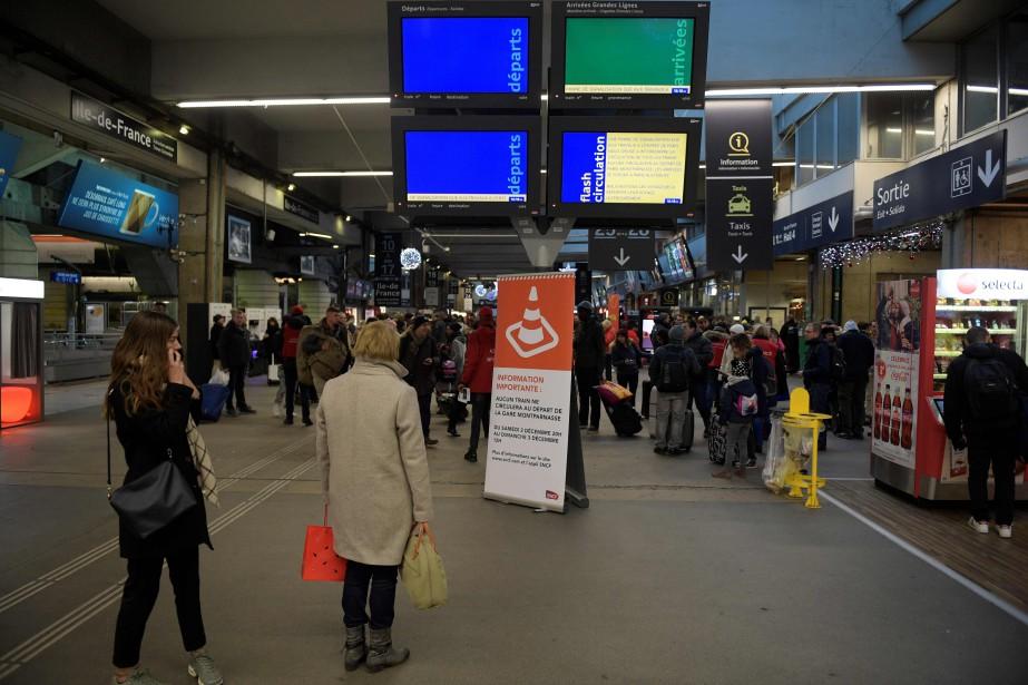 Environ 20 000 passagers auraient été affectés par... (PHOTO AFP)