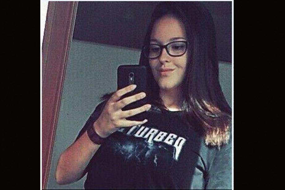 Nathalie Wilson, une adolescente de 15 ans, a...